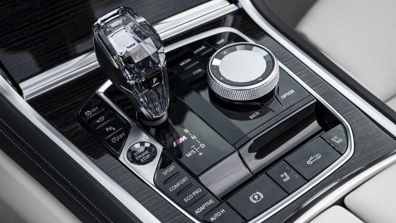 BMW 8-Series Convertible 2019