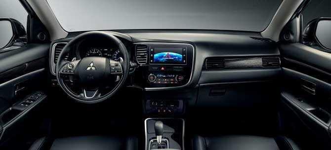 Обзор Mitsubishi Outlander GT 2019 года: фото, видео, комплектации.
