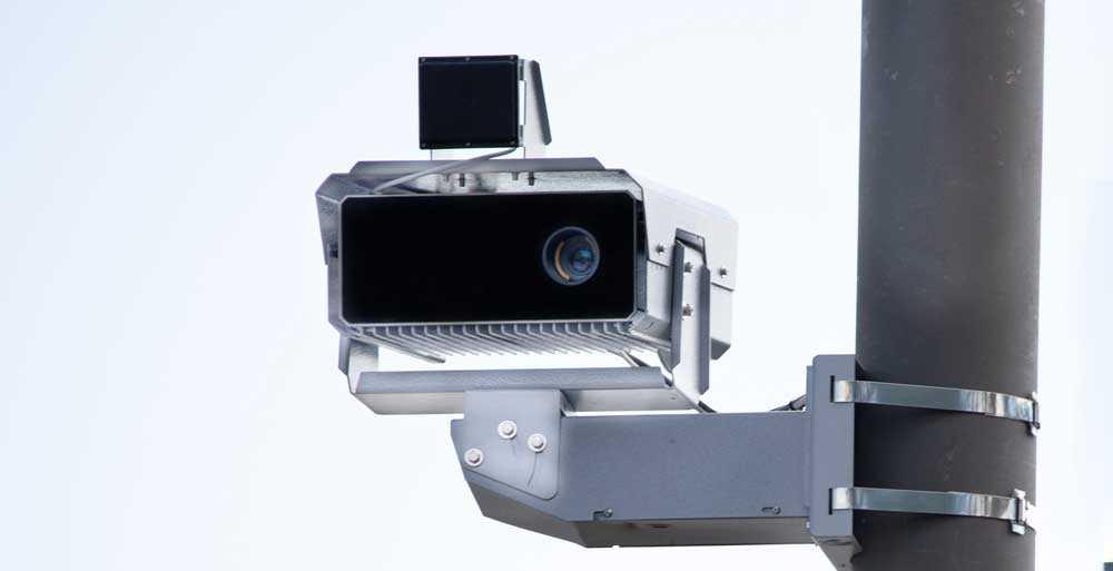 Камера фиксации превышения скорости на дорогах